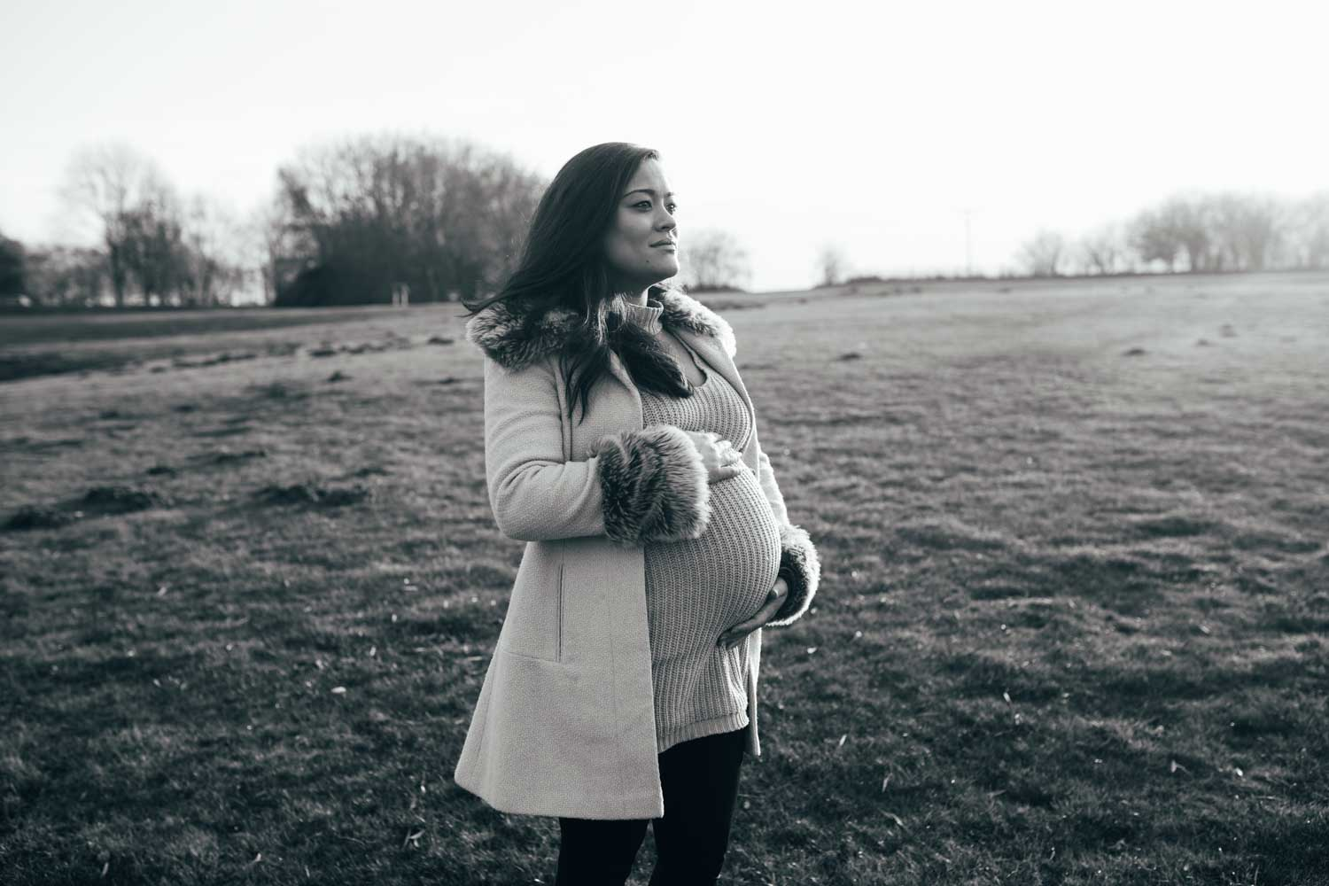 suffolk mum to be having her maternity photography shoot