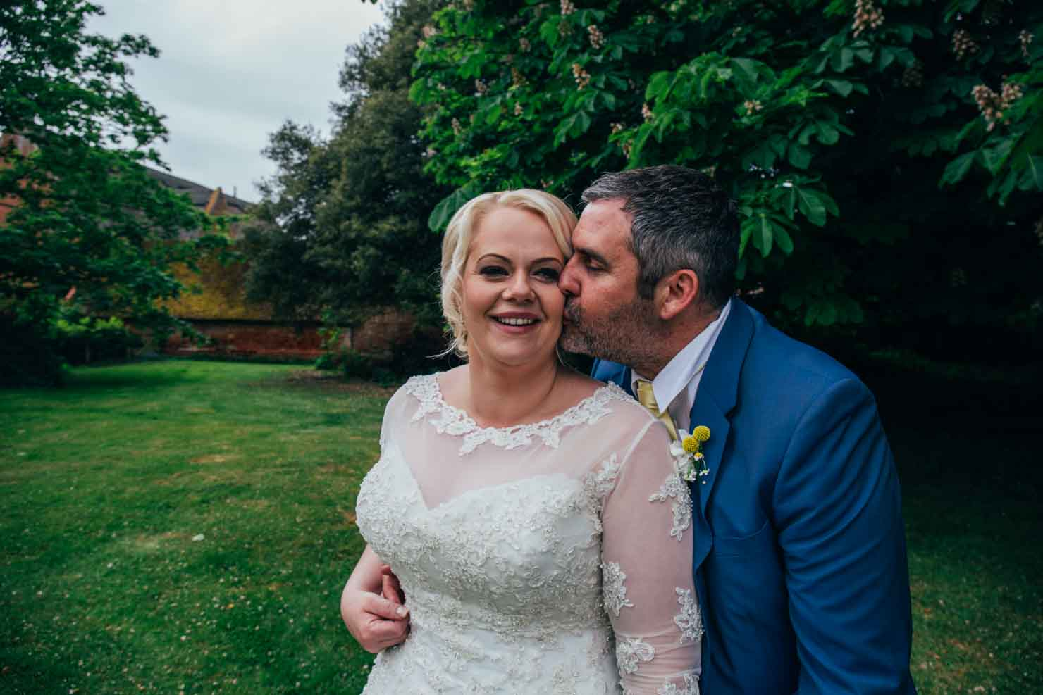 relaxed woodhall manor suffolk wedding photographer