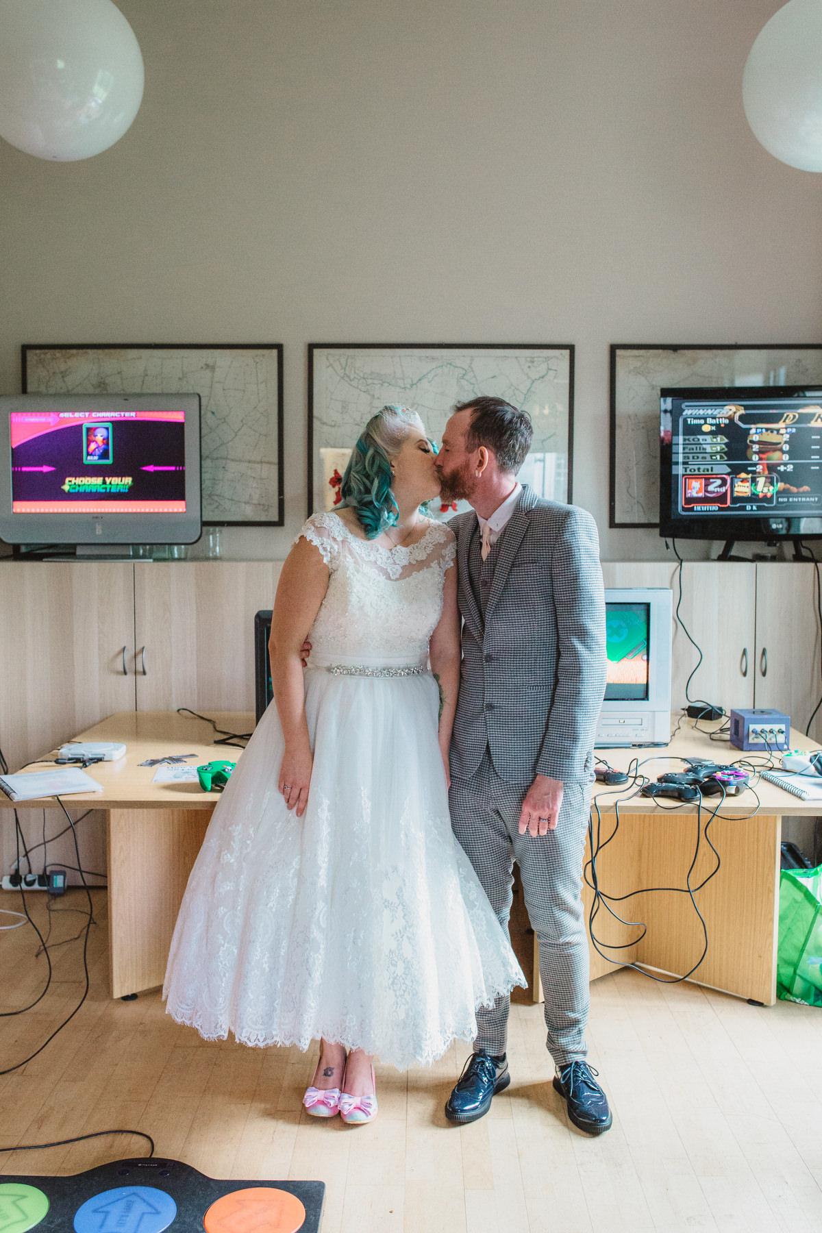 fun woodbridge wedding photography computer games backdrop