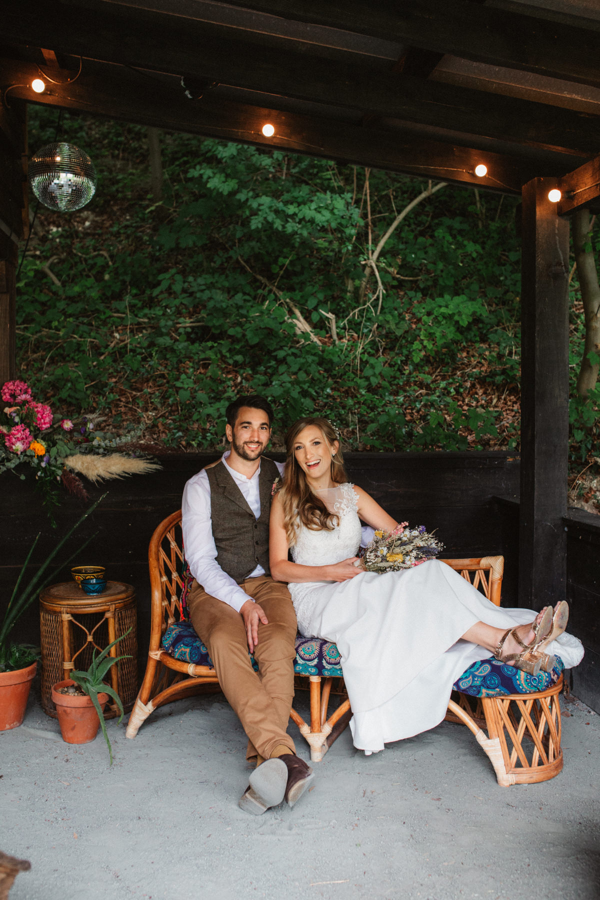 relaxed keeper and the dell wedding couples portraits in the boho den